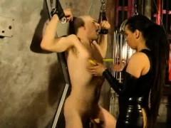 dominatrix-gives-pleasure-and-pain