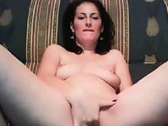 horny-arab-chick-fingering-her-holes