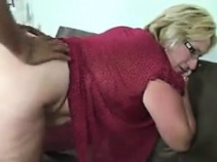 thick-blonde-woman-gets-fucked-and-facialized