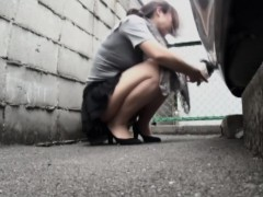 nice-assed-asian-pissing