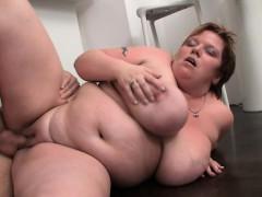 fat-bitch-gives-deep-throat