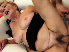 hot-secretary-pussy-penetration