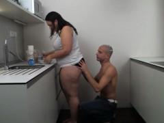 fat-girlfriend-slammed-on-the-kitchen