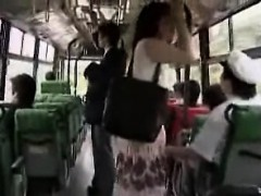 masturbation-in-bus
