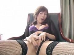 miki-yamashiro-in-stockings-fingers-her-wet-and-dark-fish