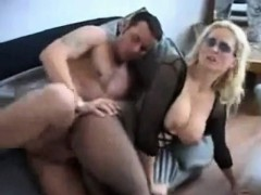 group-of-girls-sucking-1-dick