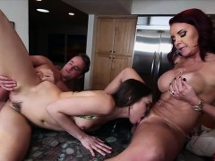 babes-janet-and-riley-in-threesome-sex