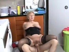 granny-fucks-the-repairman