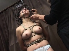 subtitled-japanese-cmnf-bdsm-nose-hook-bird-cage-play