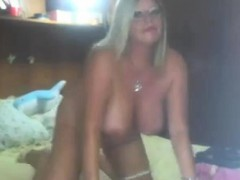 53-years-old-busty-and-booty-silvana-on-webcam
