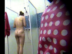 spying-a-beautiful-amateur-milf-in-public-shower