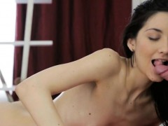 lass-gives-wild-oral-stimulation-after-carnal-massage