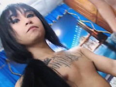 stunning-shemale-licked-and-sucked-big-cock