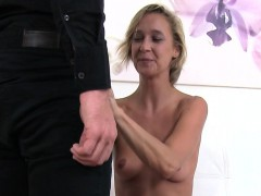 agent-fucking-blonde-skinny-babe-on-casting