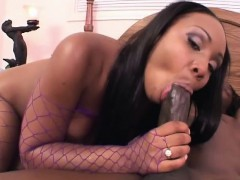 curvy-black-starlet-loves-getting-penetrated-while-in-her-fishnets