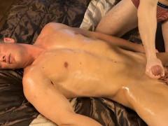 tomas-decastro-massage