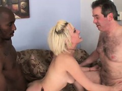 humiliated-man-obeys-blonde-wife