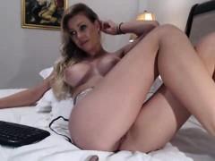 blonde-slut-on-cam-teasing-together-with-her-vagina