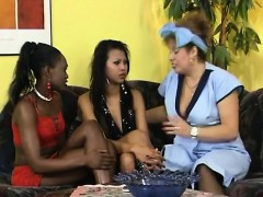 hot-fisting-action-with-three-lesbians