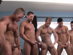 muscled-straight-enjoys-orgy-with-gay-hunks