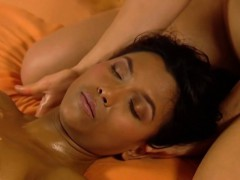 massage-for-close-girlfriends