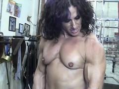 Annie Rivieccio Nude Female Bodybuilder In The Gym