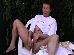 mature-alone-26-karyl-from-1fuckdatecom