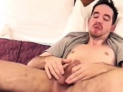 hung-stud-charles-using-his-jelly-beads-for-the-first-time