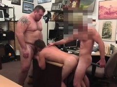 videos-young-straight-guy-quick-blowjob-gay-guy-completes-up
