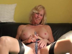 real fingerfucked submissive toys her muffin