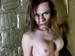 russian-amateur-ts-pleases-herself-teasingly