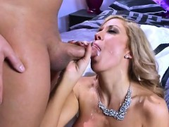 mature-bombshell-parker-swayze-loves-cock-and-facial