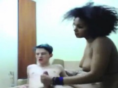 sexy-amateur-interracial-couple-live-on-spicygirlcam-com