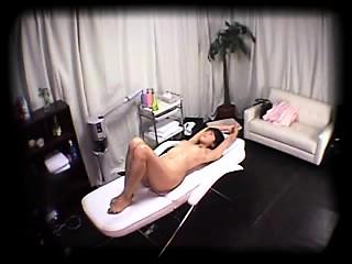 セクシーな足の日本の可愛い娘に見とれることは、過ぎるザーメンにされる-3258992-ポルノ屋