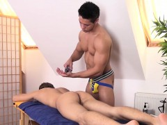 athletic-twink-facialized-by-hunky-masseur