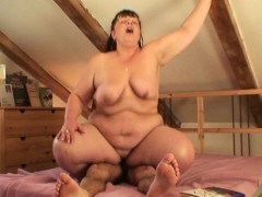 picked up chubby mature slut rides his cock
