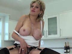 unfaithful-uk-mature-lady-sonia-displays-her-giant-boobs