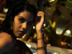 spend some time in erotic india
