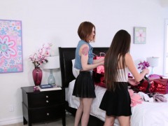 arielle-faye-and-pepper-hart-in-the-shop-and-swap