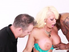 hot-busty-milf-alura-takes-it-both-white-and-black