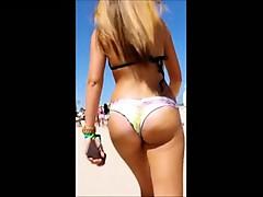 girls-beach