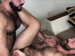 muscular-bear-barebacking-hairy-bottom
