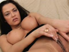 busty-girl-enjoys-playing-with-her-pussy