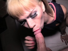 ladyboy-belle-ass-fucked-bareback