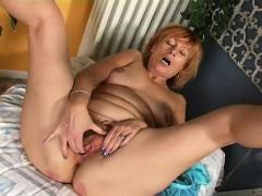 redhead-masturbation-home-erma-from-dates25com
