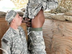 army-men-peeing-video-gay-hot-crazy-troops