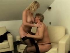 mature-ladies-having-amazing-lesbian-sex