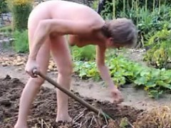 girl-mature-garden-outdoor-anal-fisting-dildo-21