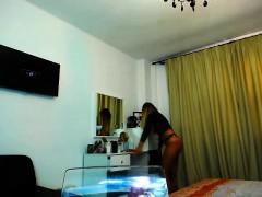 no-sound-busty-blonde-masturbates-on-webcam