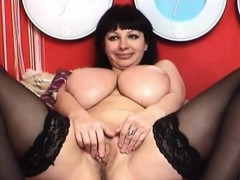 mature-with-big-and-round-breasts